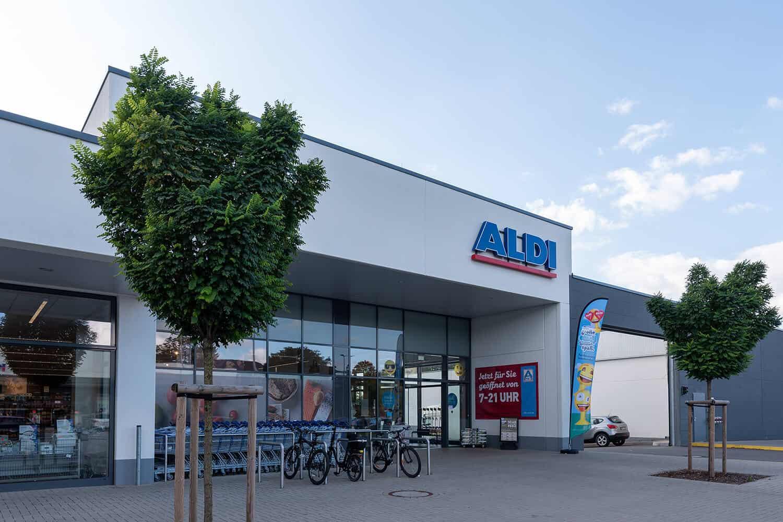 Halver Fachmarktzentrum ALDI